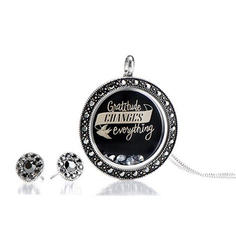 Origami Owl Hostess Gift - 143 best origami owl living locket ideas images on