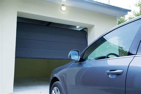 Automatisation Porte Garage by Prix De Pose D Une Porte De Garage Tout Savoir Pour Un