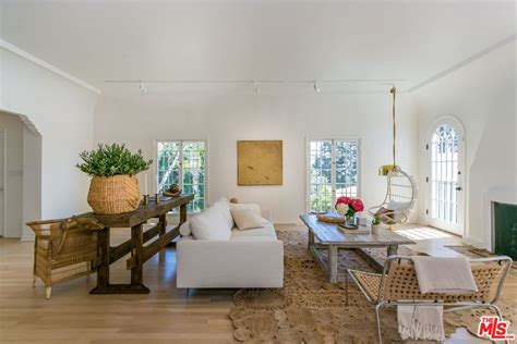 nate berkus jeremiah brent s hollywood hills bungalow celebrity designers nate berkus and jeremiah brent part