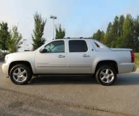 2017 chevrolet avalanche redesign release date and specs