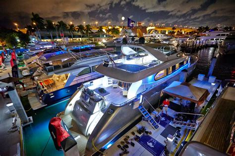 boat show pictures florida yachts international at ft lauderdale