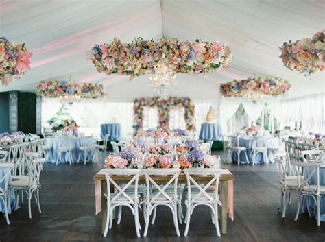 Stunning Wedding Chandelier Ideas