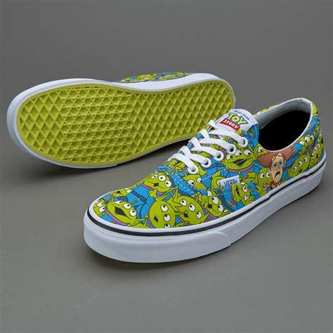 Sepatu Vans X Disney sepatu sneakers vans x story era aliens