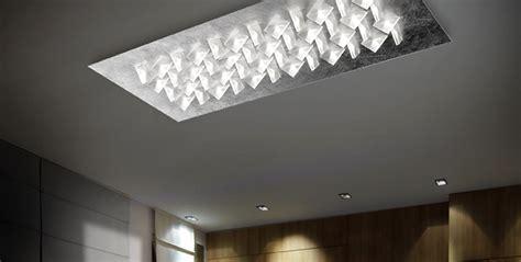 design illuminazione la scelta ladari moderni o faretti a led