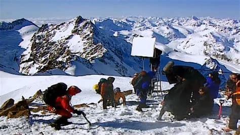 rekomendasi film pendakian gunung kumpulan foto di balik layar film traveling yang penuh