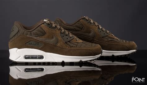 shop nike air max 90 green white at the sneakers