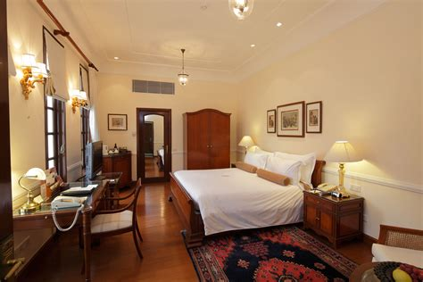 best 5 luxury hotels in connaught place new delhi