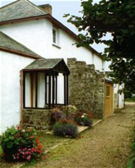 Welcombe Cottage by Self Catering Cottage In Welcombe Primrose