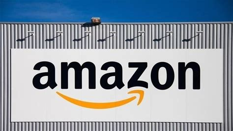 epl streaming report amazon in talks for premier league soccer