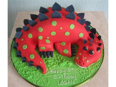 Best dinosaur on a cake