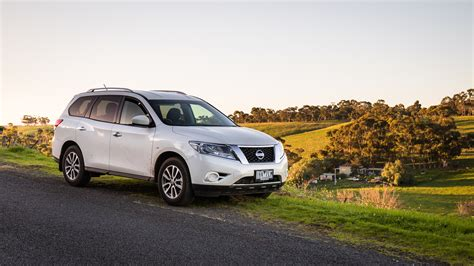 2016 nissan pathfinder st awd review caradvice