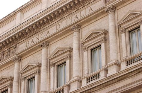 banca d italia modena modena funzionario della banca d italia ruba oltre 3