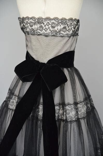 1950s wedding dress 1950s lace and chiffon wedding gown 1950s black lace and chiffon over cream taffeta party prom