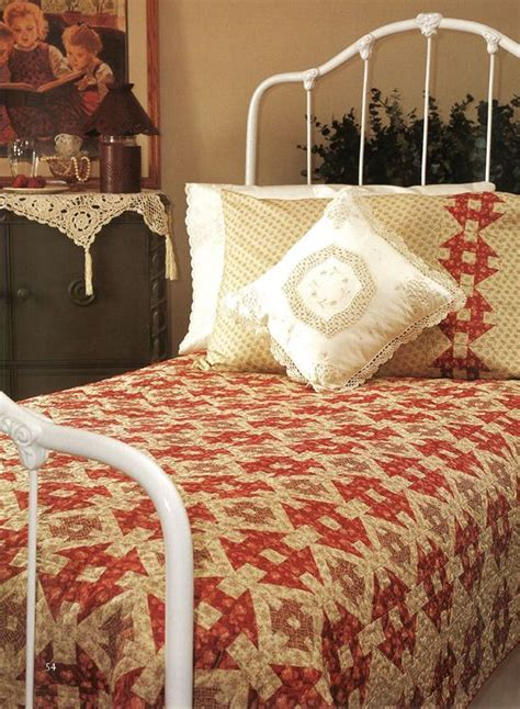 ideas  quilts coverlets  pinterest chenille quilt king size coverlets
