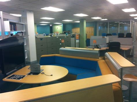 Allstate Corporate Office by Collaboration Space At Corpor Allstate Office Photo