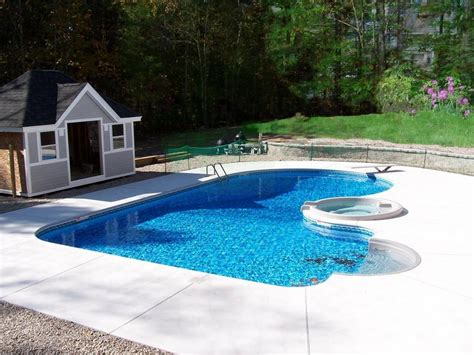 Backyard Pools by Backyard Landscaping Ideas Swimming Pool Design