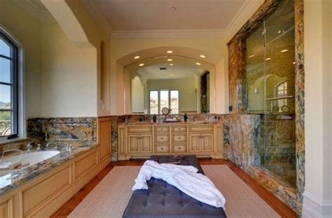 kim kardashian bathroom kim kardashian s mansion master bath