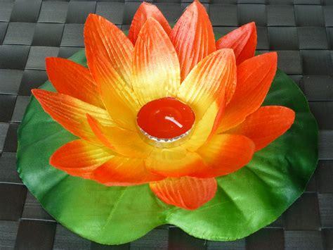 fiore di loto rosso lanterne galleggianti fiore di loto rosso