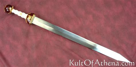 maximus gladiator sword maximus sword pictures to pin on pinsdaddy