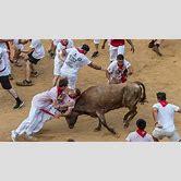 running-of-the-bulls-2017-girls