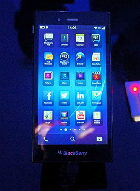 Baterai Blackberry Z3 blackberry quot z3 quot jakarta laris di indonesia dan india