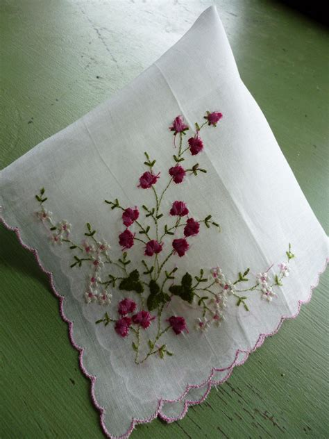 embroidery design for handkerchief embroidered handkerchief vintage embroidery pinterest