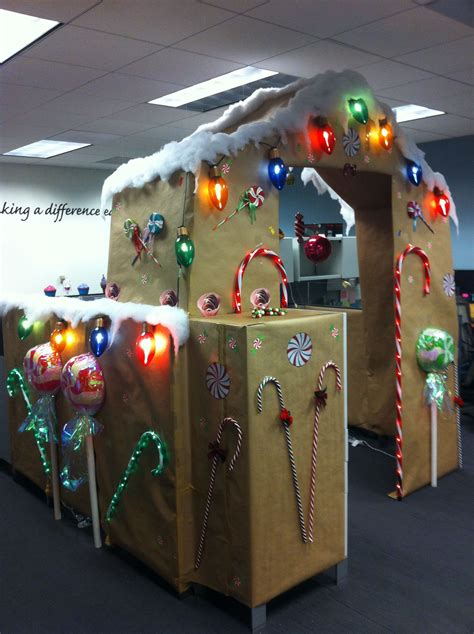 christmas cubicle decorating contest ideas cubicle decorating contest gingerbread cubicle smile office decorations