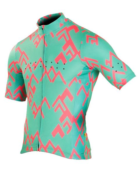 jersey design inspiration 43 best cycling kit design inspiration images on pinterest