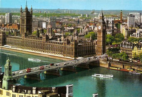 Kensington Garden Palais De Westminster Et Big Ben 224 Londres Westminster