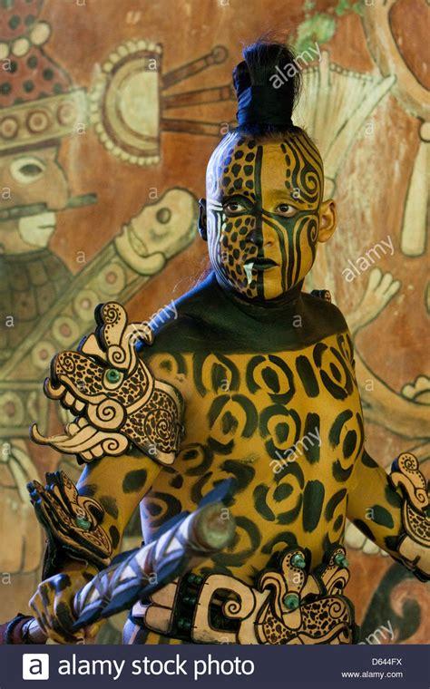 imagenes de jaguares mayas mayan dancer representing ek balam jaguar the warrior