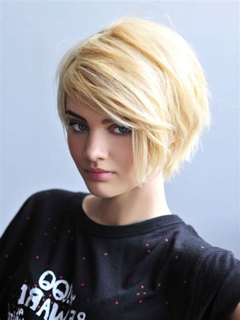 trendy haircuts for thick hair womens short hairstyles for thick hair women hairstyle