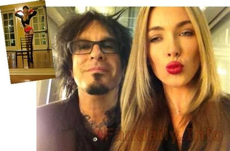 nikki sixx and courtney bingham 18 best images about hot women on pinterest ava devine