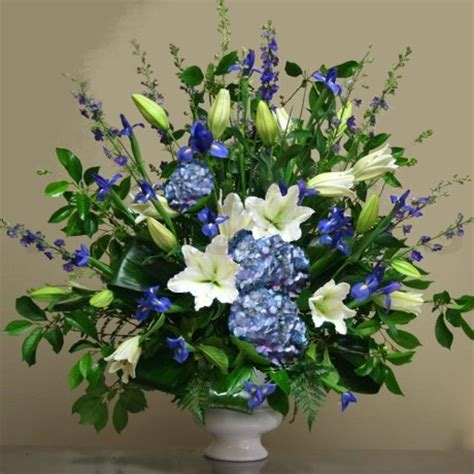 garden bouquet mechanicsburg s only hometown florist