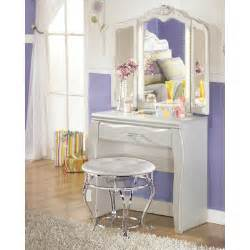 Zarollina Vanity Set Signature Design By Zarollina Vanity Set With