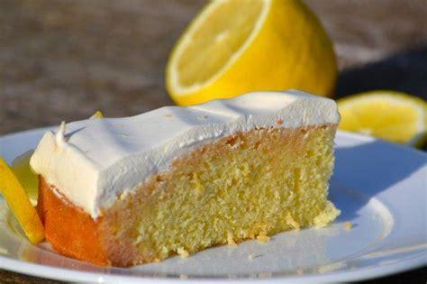 zitronen kuchen rezept zitronenkuchen mit quarkhaube rezept mit bild kochbar de