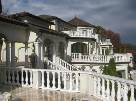 Luxury Homes Knoxville Tn One Of Knoxville S Most Expensive Luxury Home Villa Collina Going Up For Auction Luxury Homes