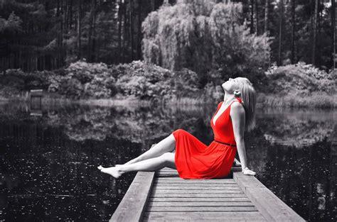 imagenes en blanco y negro con rojo todos los secretos de la capa de ajuste de blanco y negro