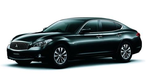 mitsubishi selling rebadged infiniti m sedans in japan