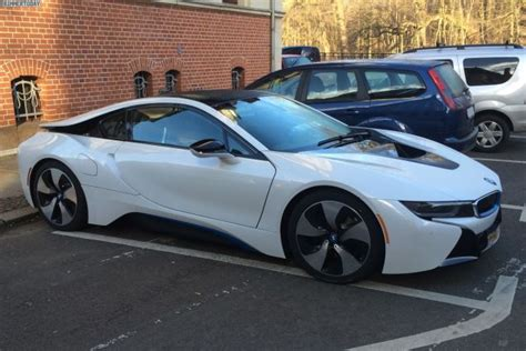 how much is the bmw i8 markup much the bmw i8