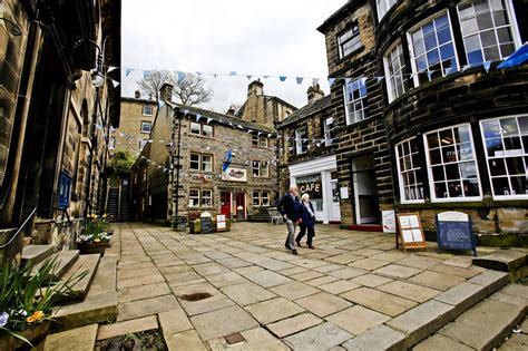 houses to buy holmfirth holmfirth decks out for the tour de yorkshire huddersfield examiner