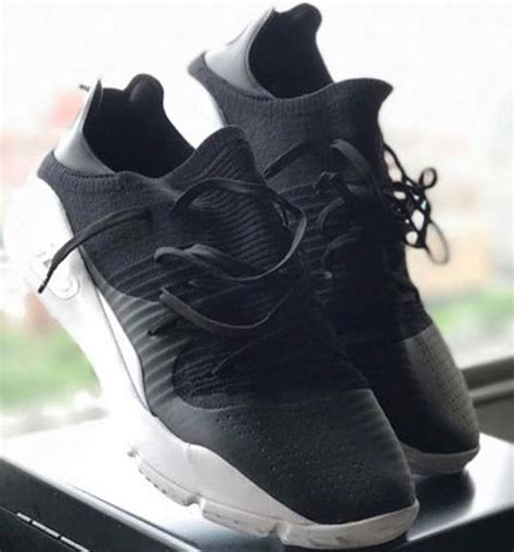 Sepatu Armour Curry 4 Low Black Gold armour curry 4 low colorways releases sneakerfiles