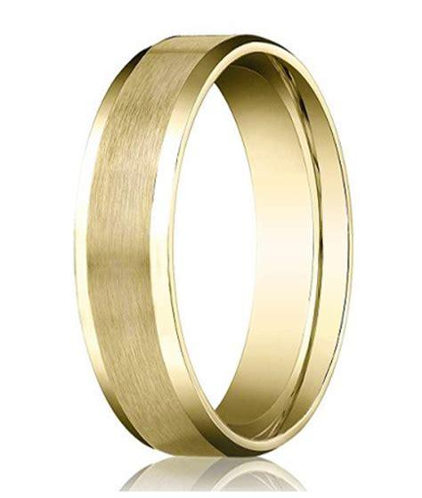 mens comfort fit gold wedding bands designer 14k yellow gold men s wedding band beveled edge
