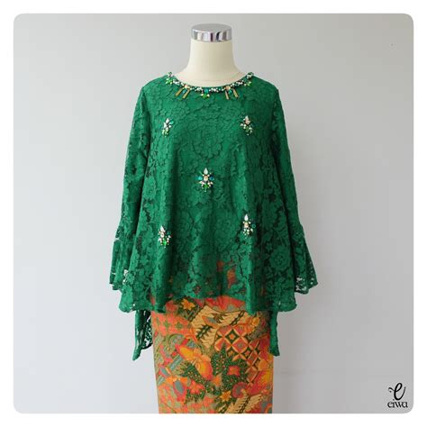 gambar desain long dress batik simple long sleeve lace top kebaya modern indonesia