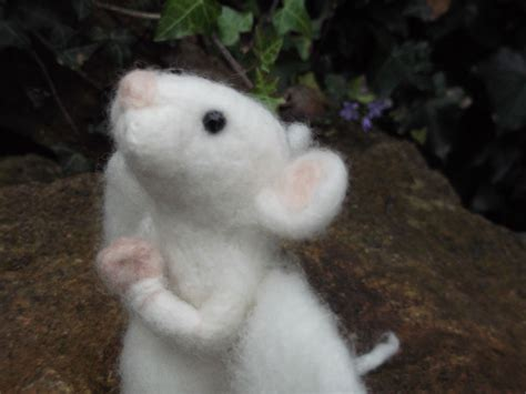 pattern for making felt mice love mrs plop a few tips on making needle felted animals