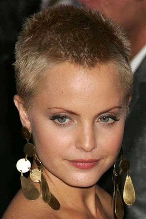 how to look feminine with a crew cut 15 very short female haircuts short hairstyles 2017