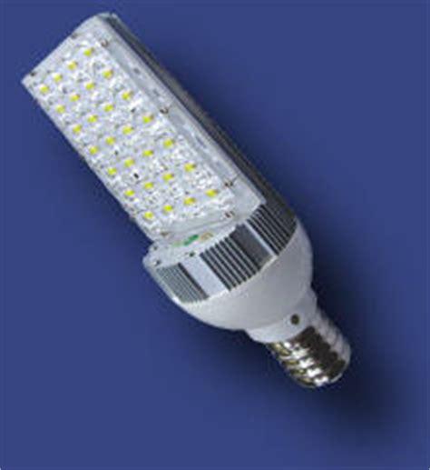 illuminazione stradale a led prezzi proiettori ed armature stradali per l illuminazione