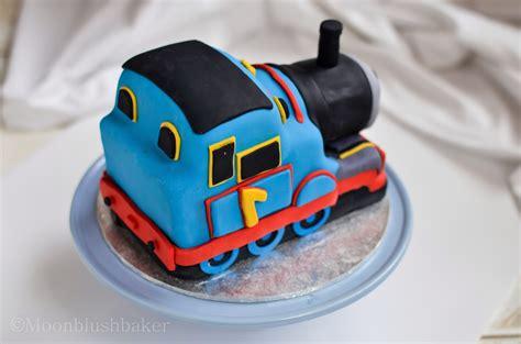 modelling muddle how to make a fondant thomas cake