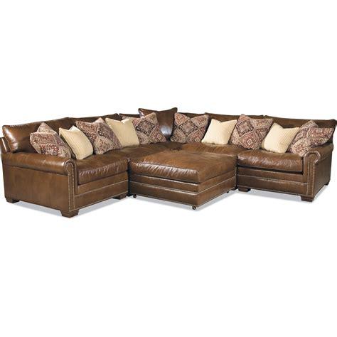 huntington sectional sofa huntington house 7107 ryan traditional sectional sofa with