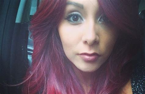 snooki cuts hair short watch snooki gets her hair done see the process