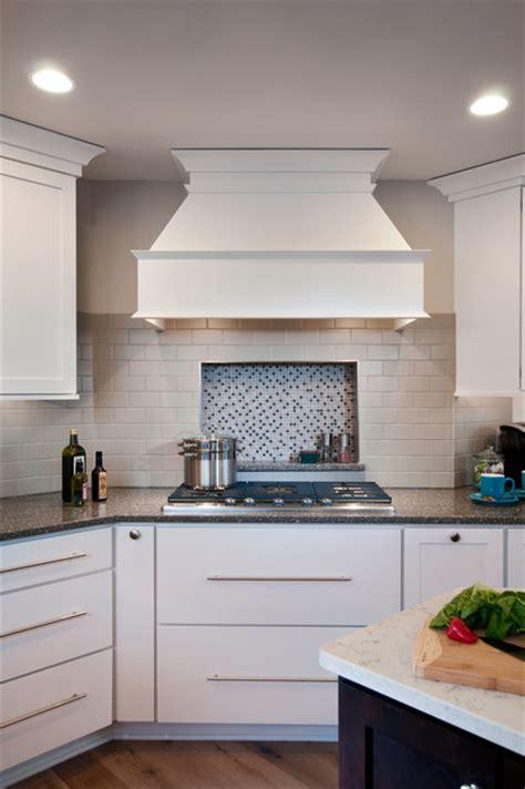 Kitchen Cabinet Range Hood Design Built In Range Hood Transitional Kitchen